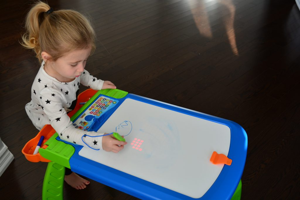 A Review of the DigiArt Creative Easel by VTech